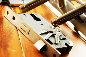 hang- en sluitwerk nieuwe-slotencrop